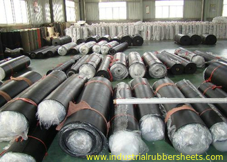 Shiny High Tensile Strength Industrial Nitrile Rubber Sheet , 1 - 6mm Rubber Sheet